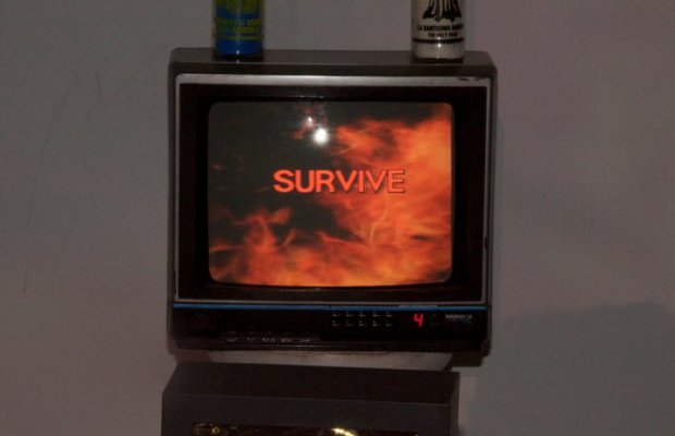 survivebanner