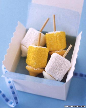 Dreidel Marshmallow pops