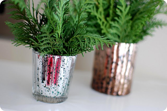 Simple and chic evergreen decorations
