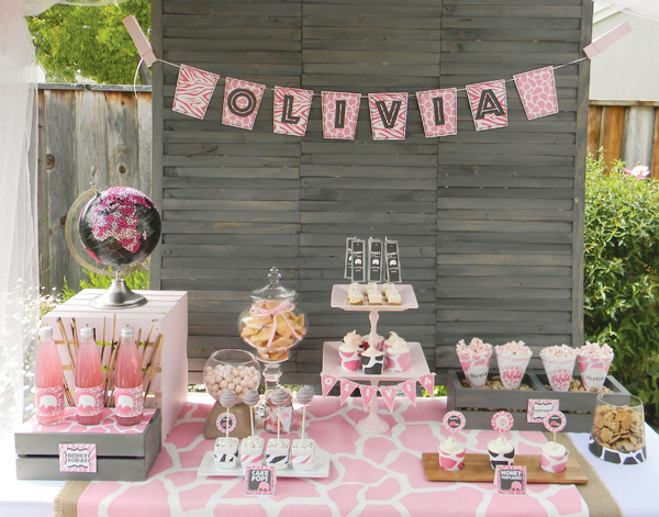 Love this pink safari baby shower!