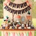 Love this vintage Easter Brunch display