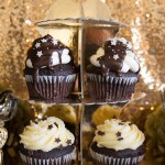 Black and gold Oscar Party- Cupcakes