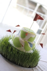 Golf grass cake stand and golf cake
