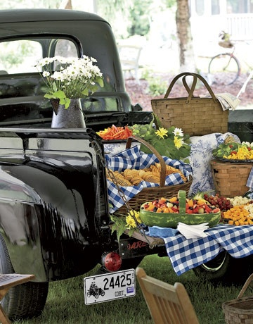 rustic picnic ideas for a wedding