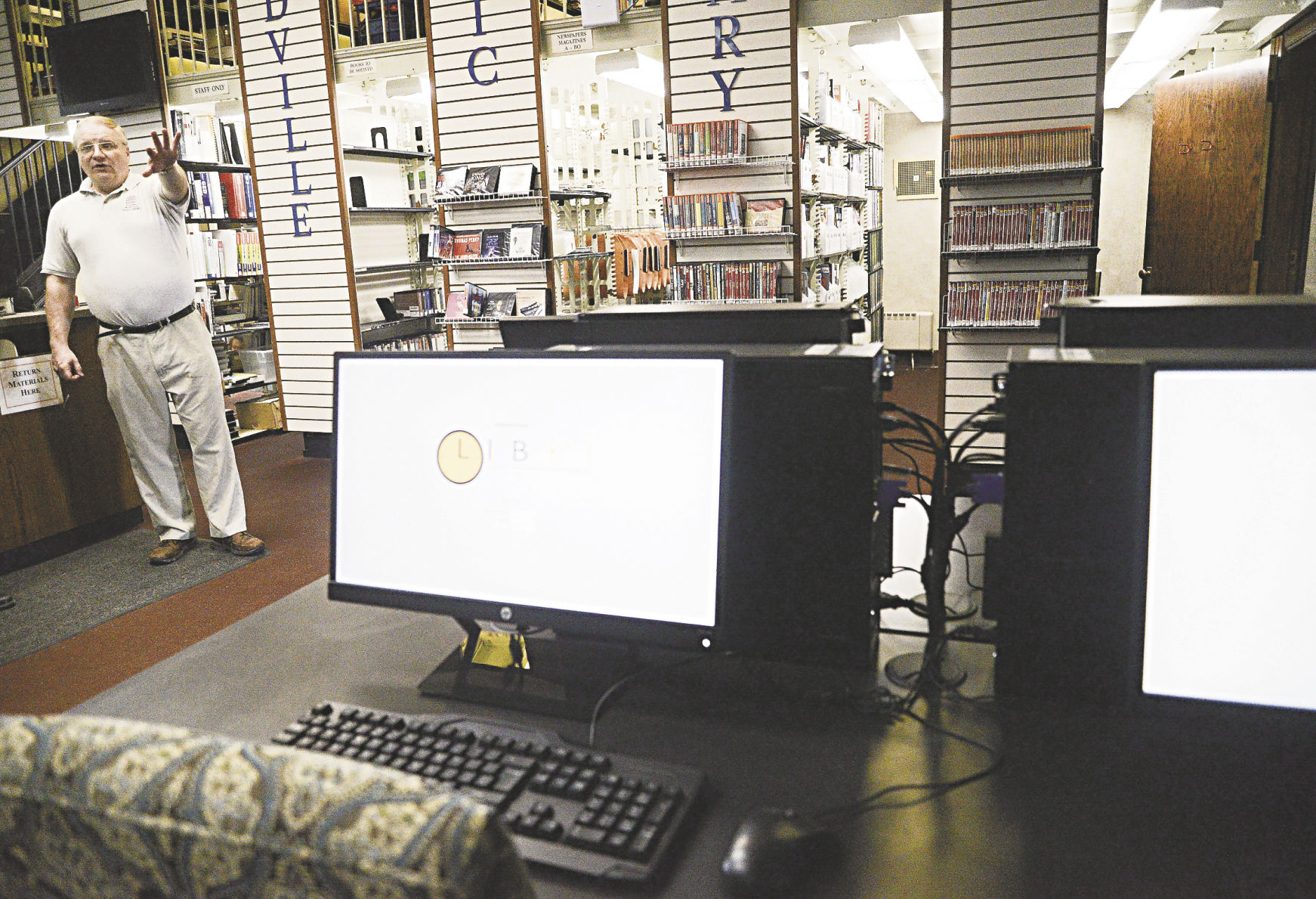 Posh Meadville Library Reopening Section John Executive Director Numerous Improvements Following Meadville Public Motions To Newly Remodeled Computer Area houzz 01 Meadville Public Library