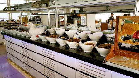 antalya açıkbüfe kahvaltı konyaaltı denize kenarında oteller best breakfast in antalya (18)