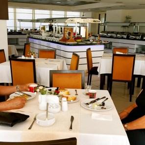 antalya açıkbüfe kahvaltı konyaaltı denize kenarında oteller best breakfast in antalya (58)