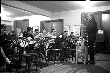 Frank Hamilton, Old Town School, 1961.