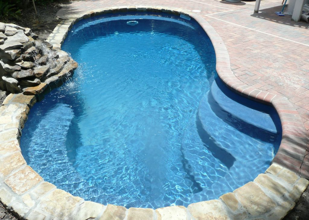 In ground vinyl liner pools archives blue hawaiian for Inground swimming pools sale