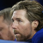 Is R.A. Dickey a Negative Influence on the Blue Jays Clubhouse?