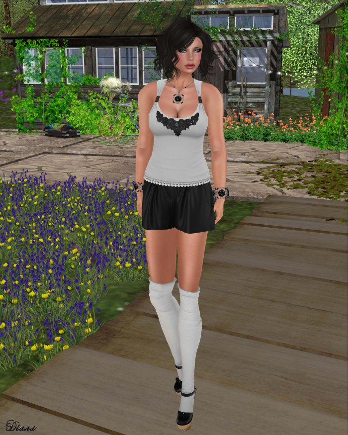 Mutresse - Nadya Tank Top and Guzla Shorts-1