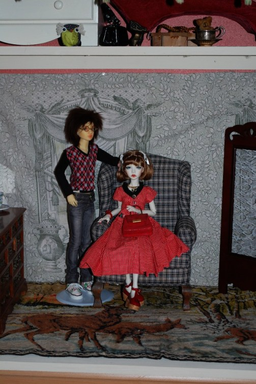 hall closed with dolls 3