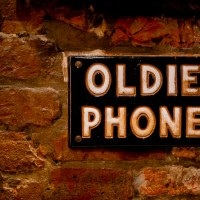 Hold the Oldie Phone