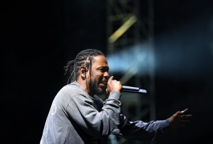 Kendrick Lamar 8/27/16 @ Fuck Yeah Fest. Photo by Laura June Kirsch for FYF Fest. Used With Permission By www.BlurredCulture.com.