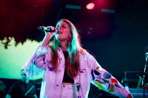 Maggie Rogers // 3/17/2017 at Youtube at Coppertank // SXSW 2017 // Photo by Derrick K. Lee, Esq. (@Methodman13) for www.BlurredCulture.com.