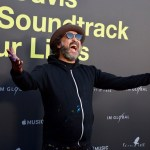 """Mr. Brainwash on the Red Carpet for """"Clive Davis: The Soundtrack Of Our Lives"""" @ Pacific Design Center 9/26/17. Photo by Derrick K. Lee, Esq. (@Methodman13) for www.BlurredCulture.com."""
