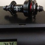 alienation-thrust-prototype-15mm-bmx-hub-weight