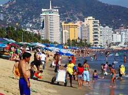Acapulco: violence in paradise