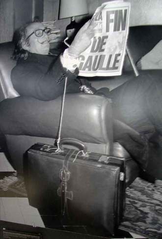 Salvador Dali knew about lurking lobby luggage thieves.