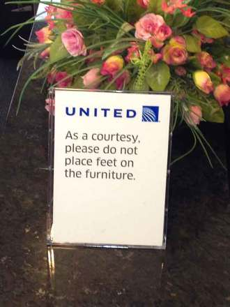 United Airlines' boorish clientele: United begs its airport lounge customers to behave