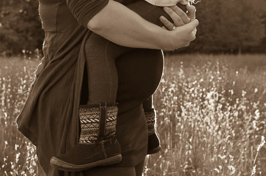 White Bear Lake Mommy-Daughter Maternity Session