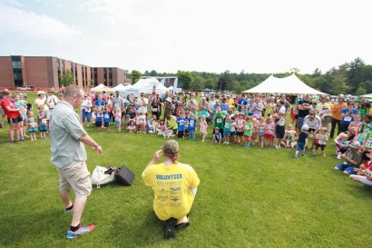 Shawn Middleton and Michael Lang give the Kids Fun Run kickoff story - the Tortoise and the Hare