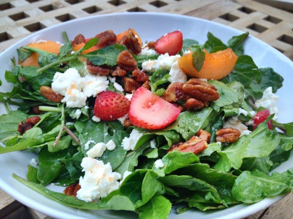 Rocket (Arugula) Salad with goat cheese, peaches, candied pecans and basalmic vinegar at Cafe Aroma in Idyllwild