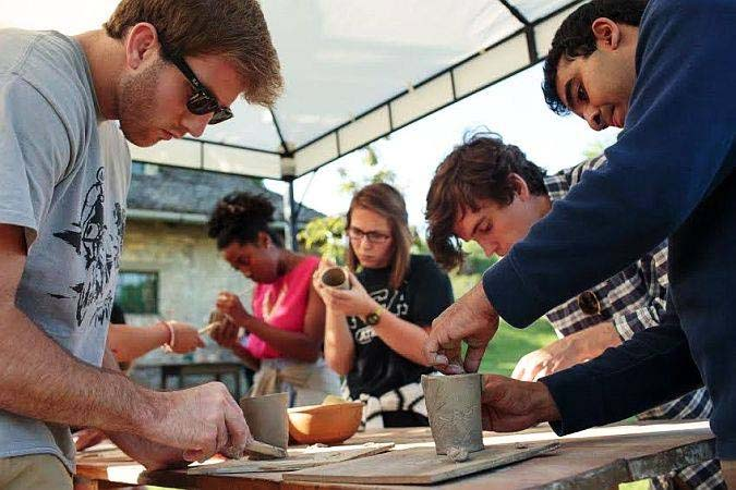 3 DAY CREATIVE WAY – POTTERY, STRAW AND HANDWORK