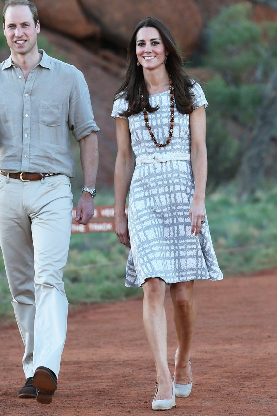 kate-middleton-ayers-rocks-australia-pic163654
