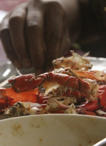Crab in Butter Garlic Sauce - Candolim