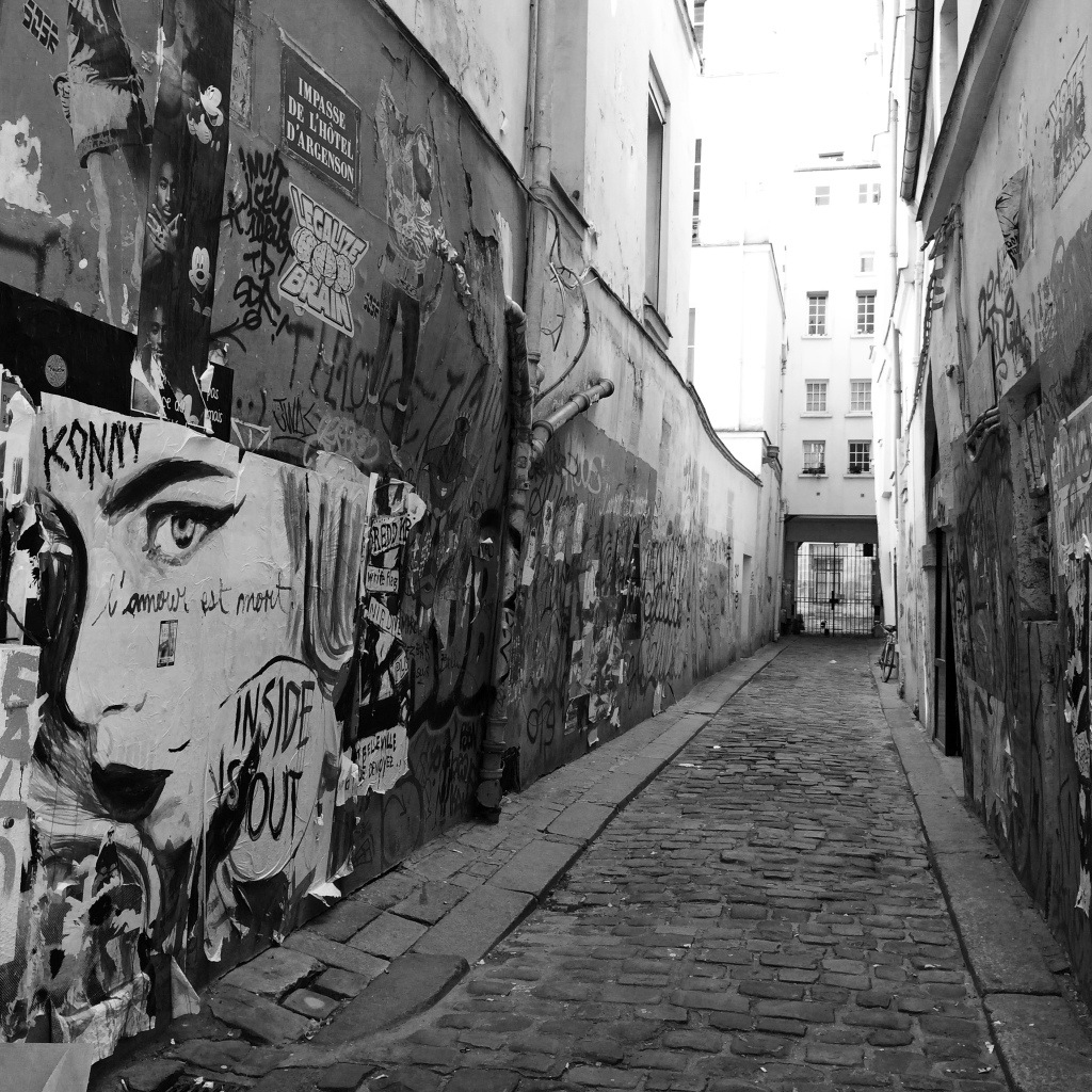 The alleyways of Marais each have their own character.