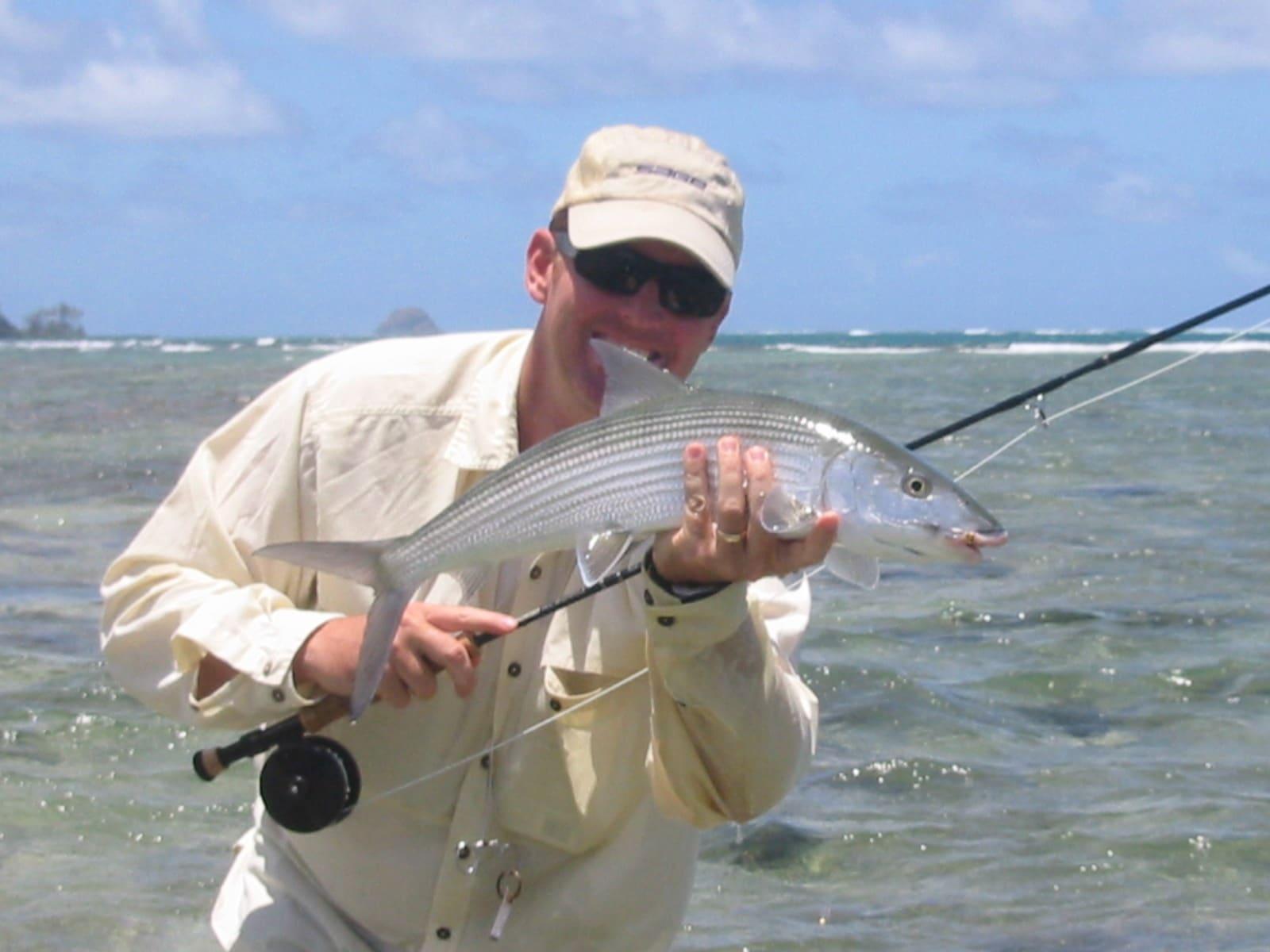 Fly fishing in hawaii bonefish hawaii for Bonefish fly fishing
