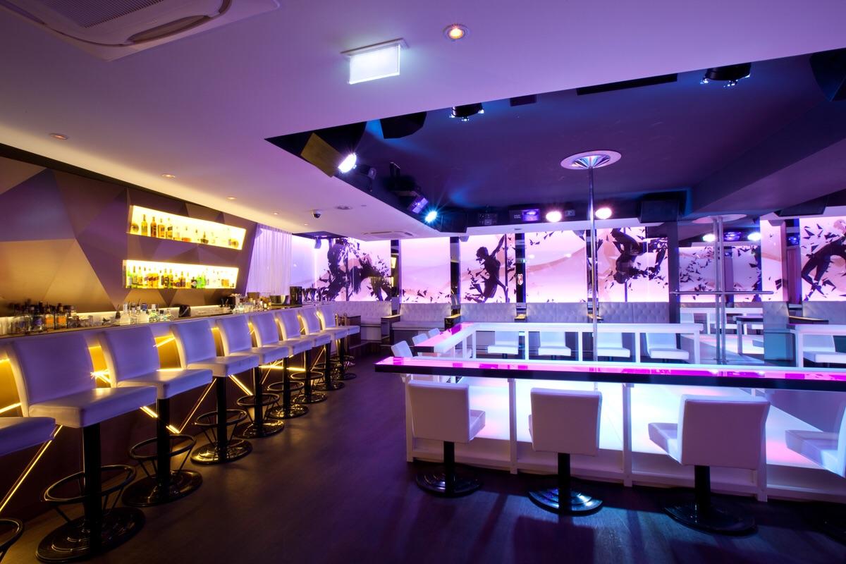Boobs Gentlemen's Club Tabledance Bar Night Club Munich München
