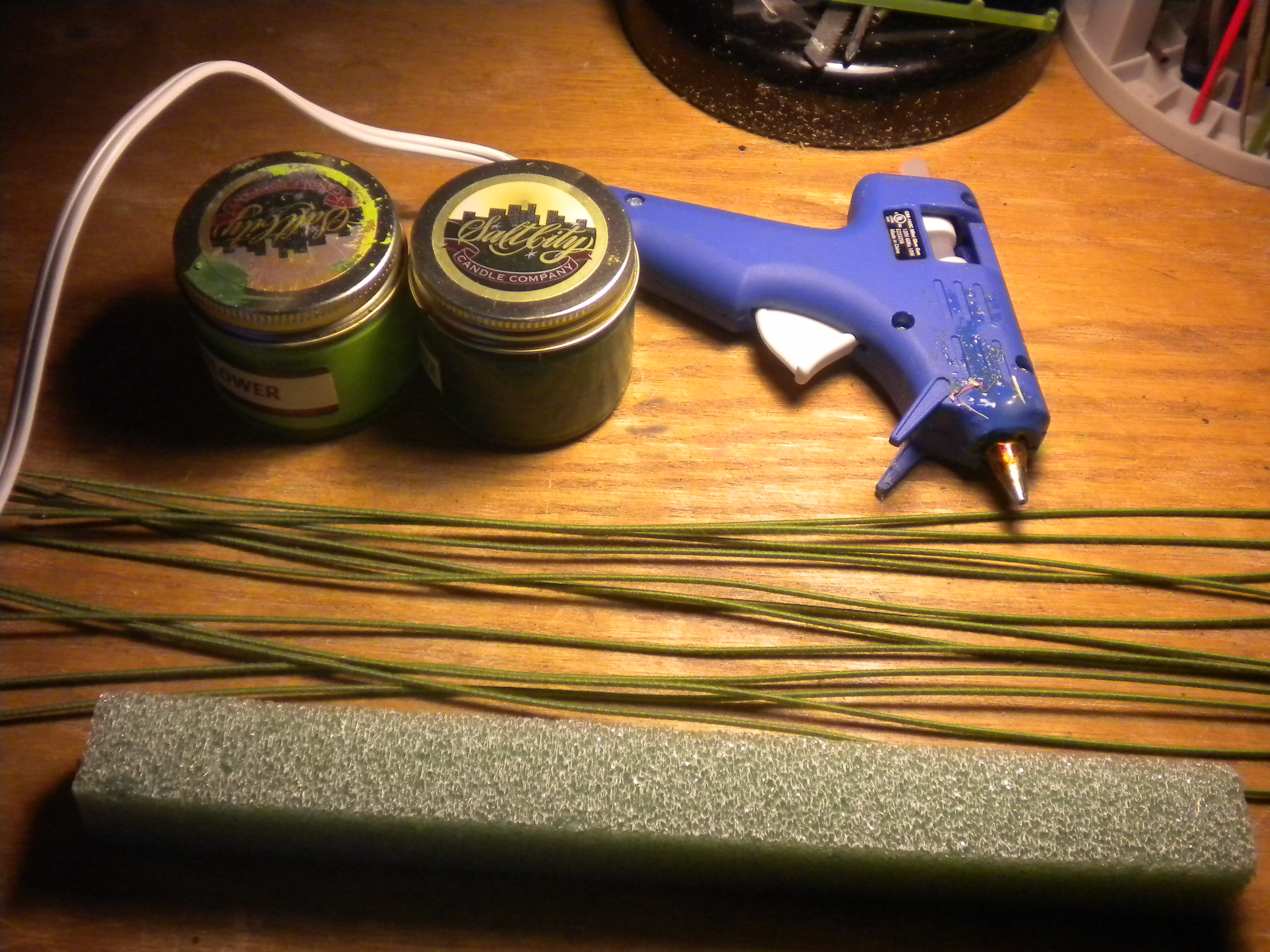 Engaging Glue Floral Wire Tree Trunks Paint Making Styrofoam Trees Wargaming Site How To Glue Styrofoam To Cement How To Glue Styrofoam Balls Toger houzz-02 How To Glue Styrofoam