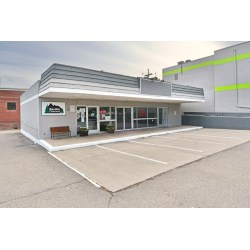 Peaceably Retail Space On Retail Space On Boom Properties Boom Properties Central On Broadway Reviews Central On Broadway Mesa Az Reviews houzz-03 Central On Broadway