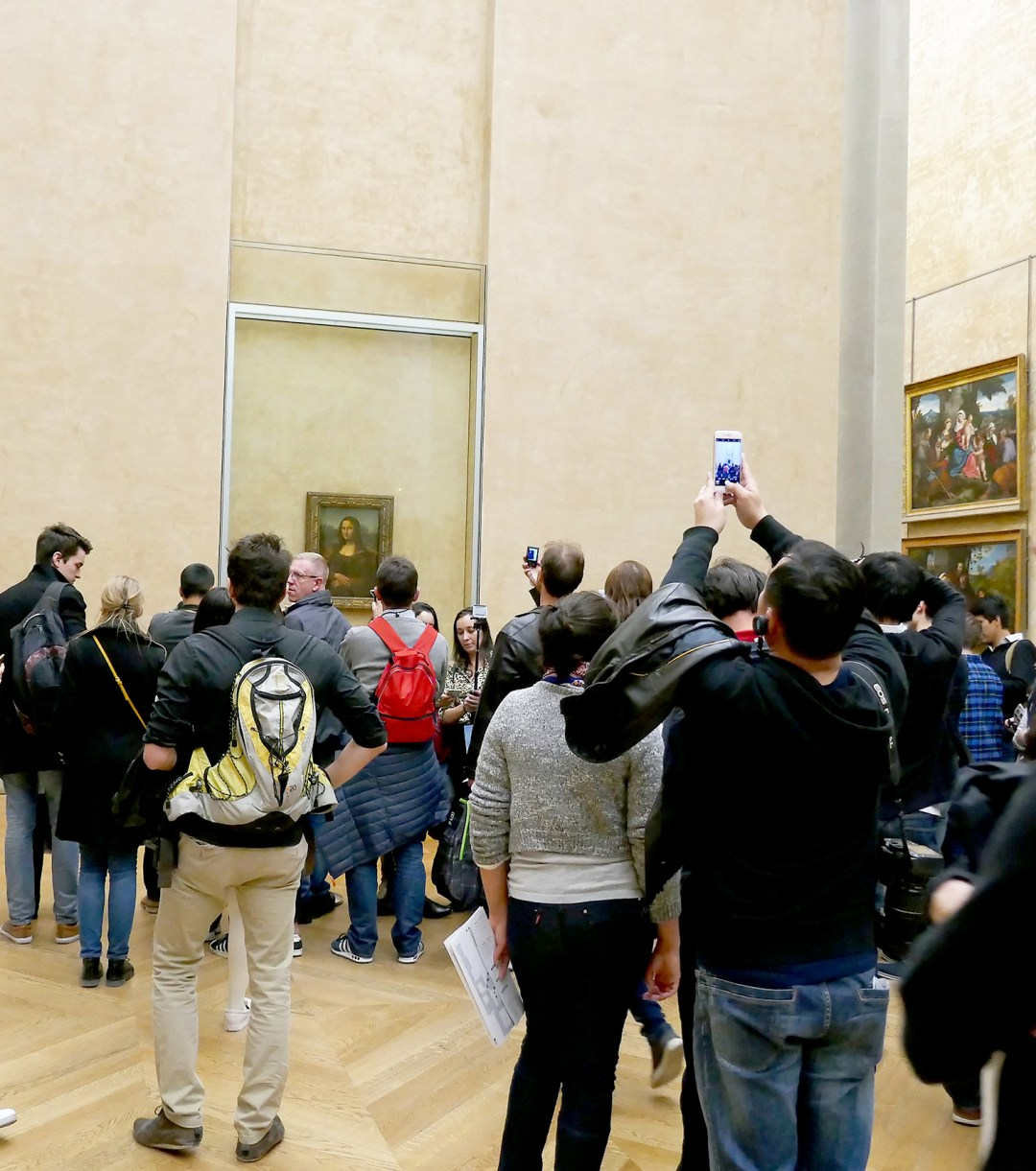 Mona Lisa crowds