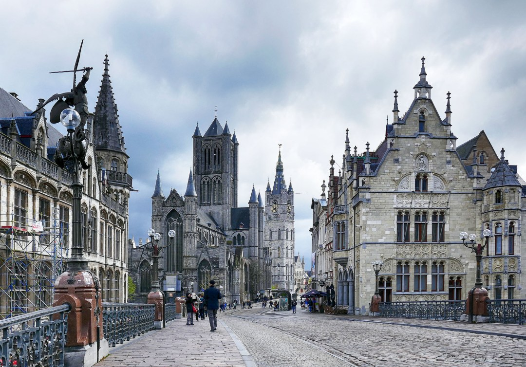 Is this a Harry Potter movie set? No, St Michael's Bridge in Ghent in Belgium