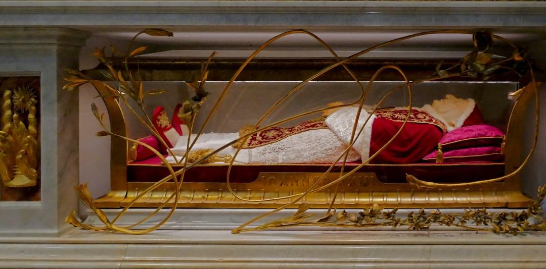 Pope John XXIII in St Peter's Basilica in the Vatican