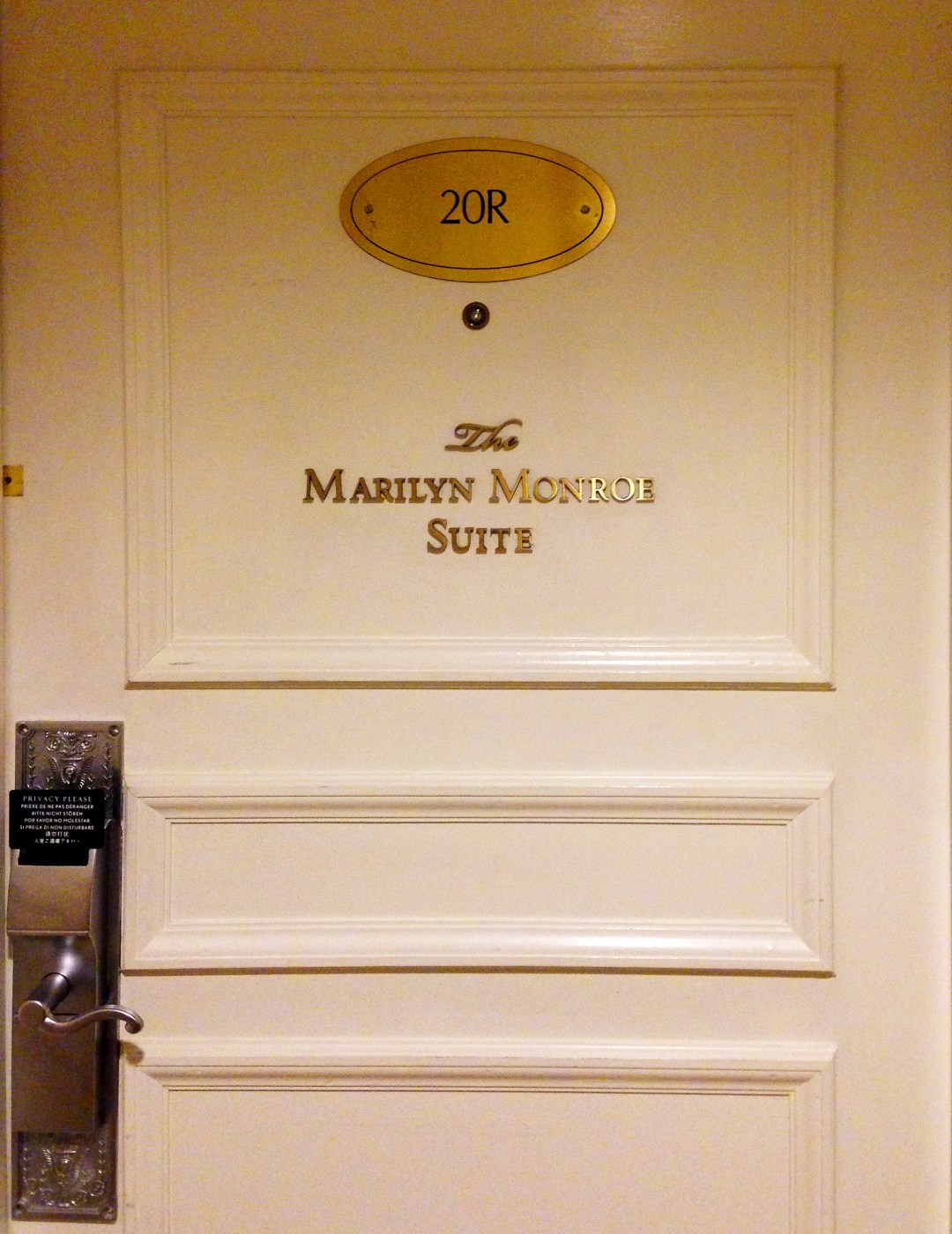 Marilyn Monroe Suite in the Waldorf Astoria Hotel