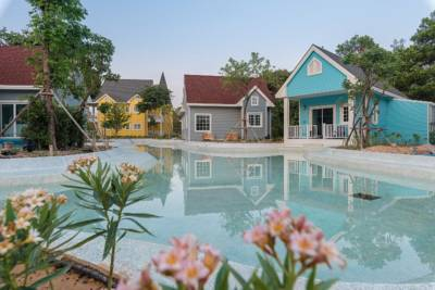 Swimming pool at Peggy's Cove in Thailand
