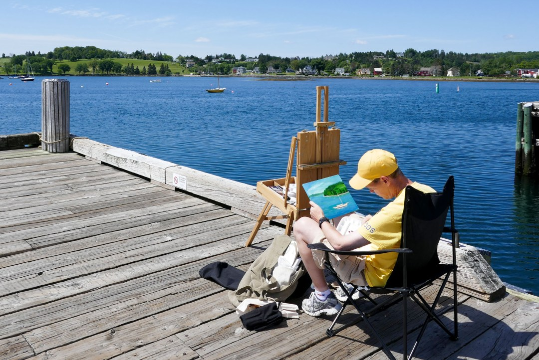 Boardwalk artist in Lunenburg for boomervoice