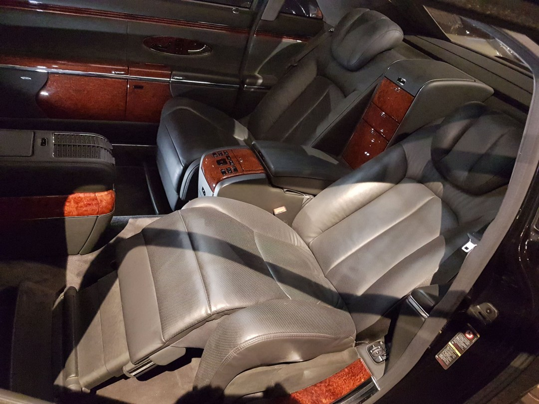 Maybach interior at WOW Classic Cars for boomervoice