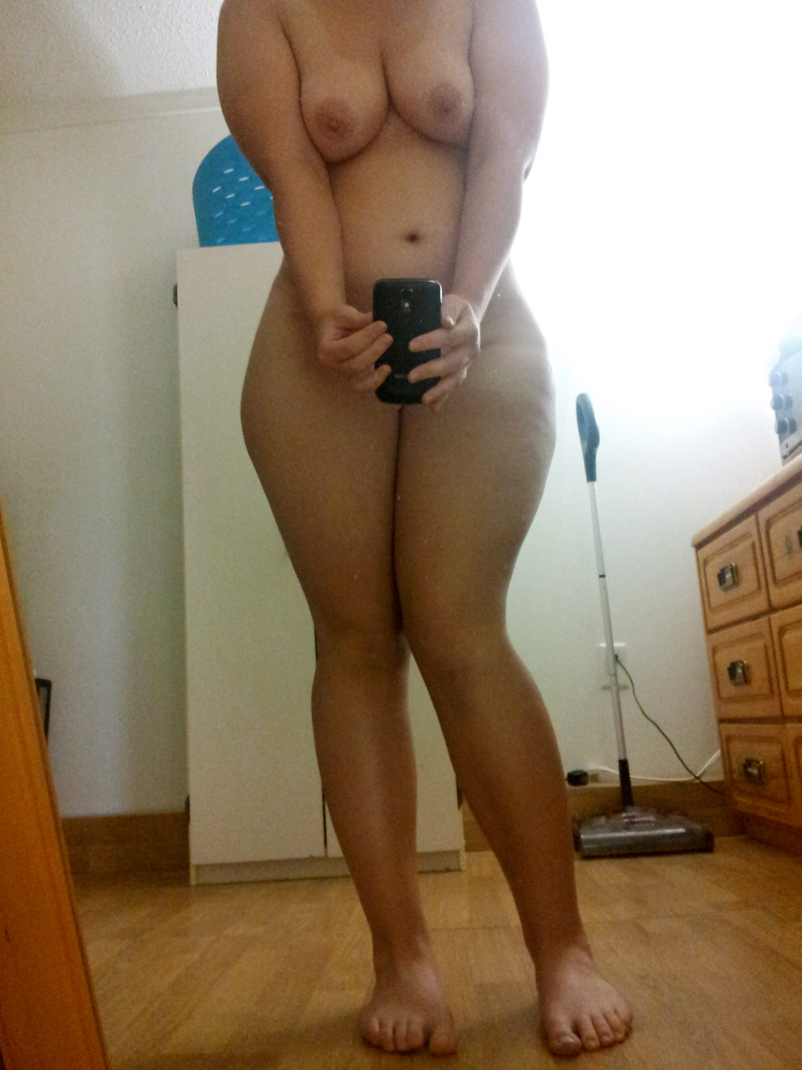 thick asian booty selfie