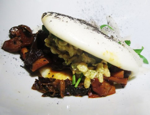 4th course, Panecillo Oriental De Arroz Relleno Con Barbacoa De Hongas Locales. Inspired by Mexicali, which has a large Chinese population: Bao (rice bun) filled with grilled local mushrooms escamoles (yes, ant larva!!) and epazontes, drunken sauce with citrus kombucha