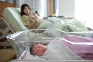 newborn_hospital_shutterstock (640x427)