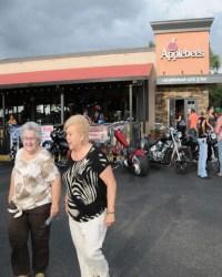 Applebee's-Bike-Night-2015-07-09--(50)