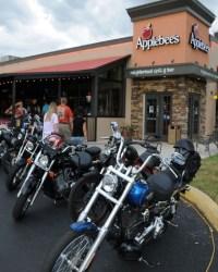 Applebee's-Bike-Night-2015-07-09--(66)