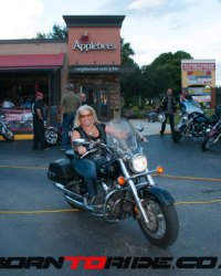 Applebee's-Bike-Night-2016-0074