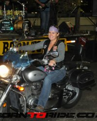 Applebee's-Bike-Night-2016-0082