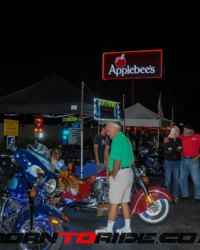 Michael-J-Whitney-Tweaked-Applebees-Bike-Night-1-12-2017--0045